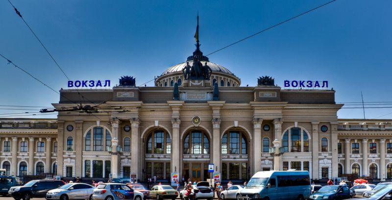 «Укрзализныця» запустила дополнительный скорый поезд до Измаила