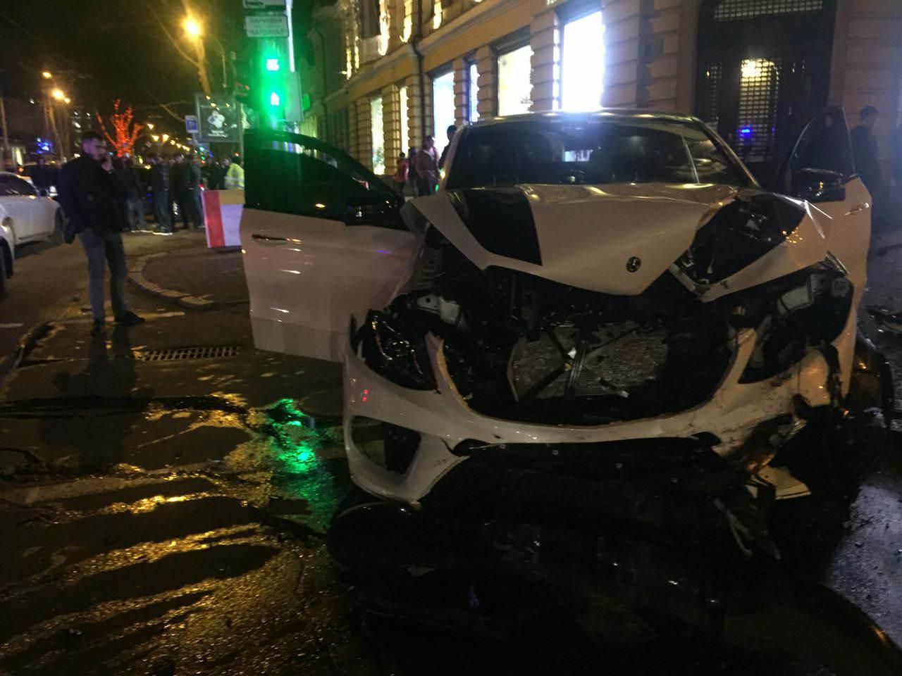 Три человека пострадали в ДТП на Ришельевской