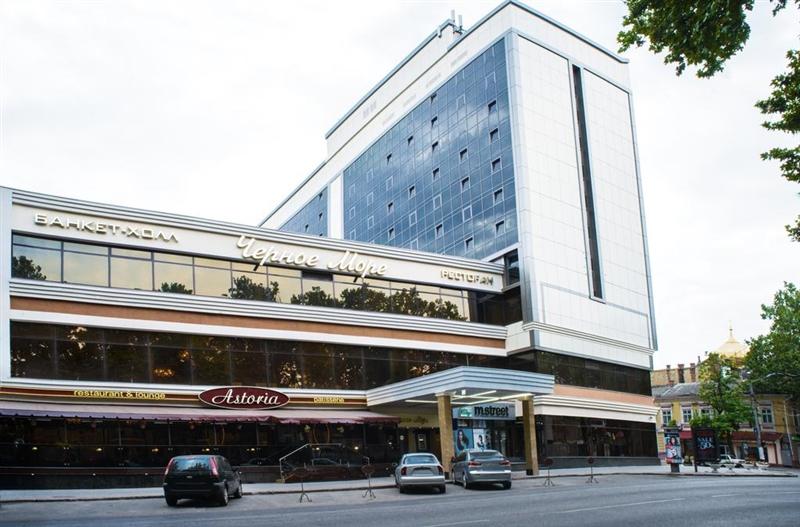 Гостиницу «Черное море» продают за долги собственника