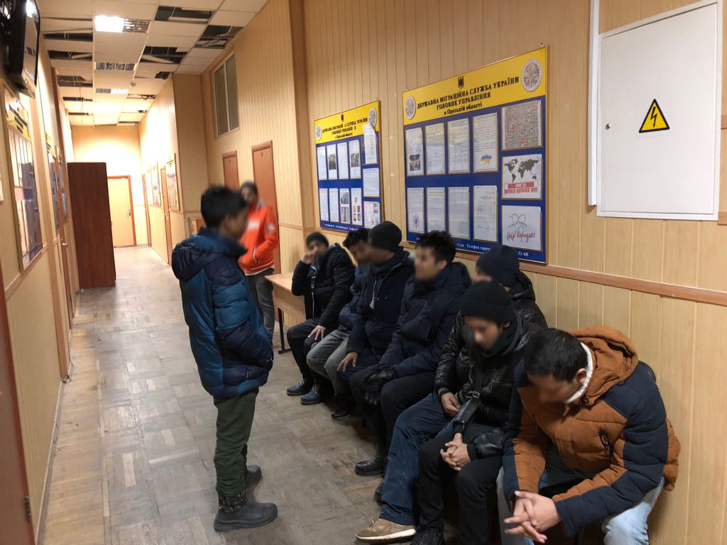 Пограничники задержали в Одессе нелегалов из Бангладеш