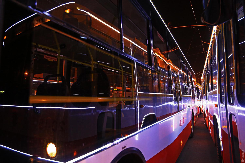 В новогоднюю ночь общественный транспорт будет работать до 6 утра
