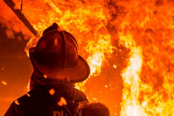 Одесская область: во время пожара в частном доме пострадал его хозяин