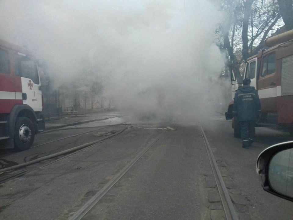 На Старопортофранковской загорелся трамвай