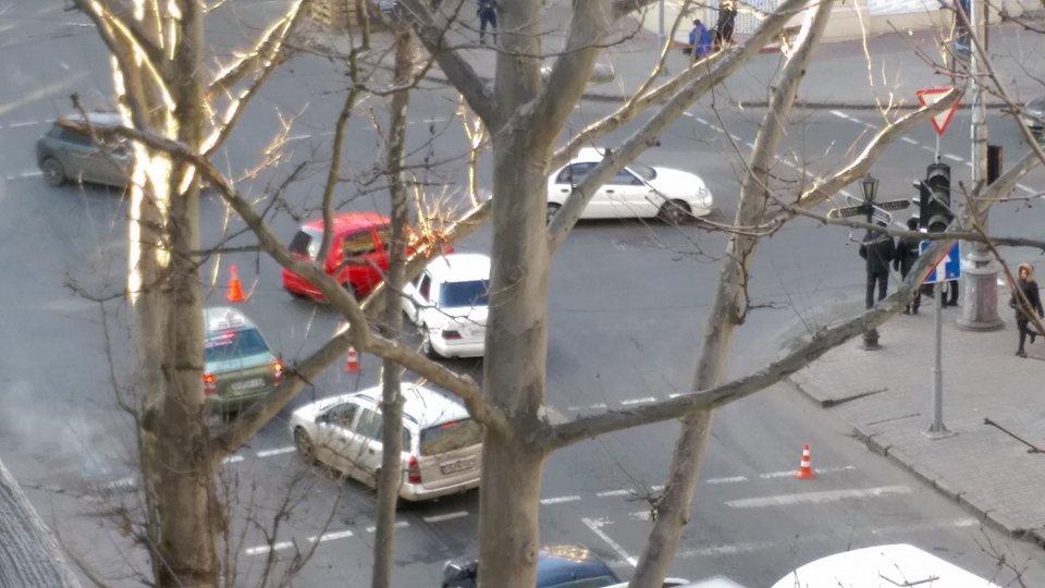 В центре Одессы произошло ДТП