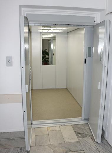 Почти пять миллионов гривен выделено на ремонт лифтов в медучреждениях Одессы