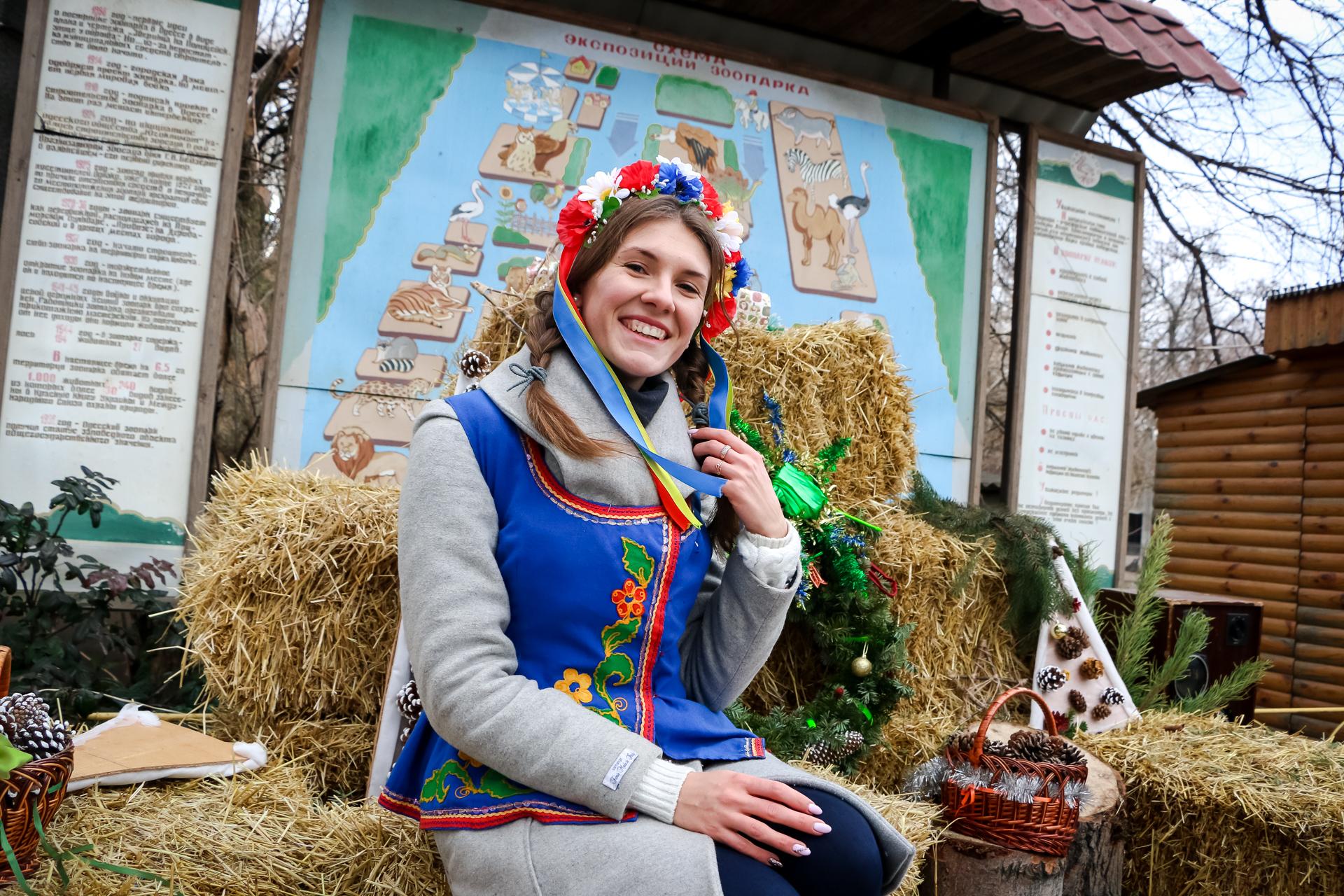 В одесском зоопарке пели Рождественские колядки
