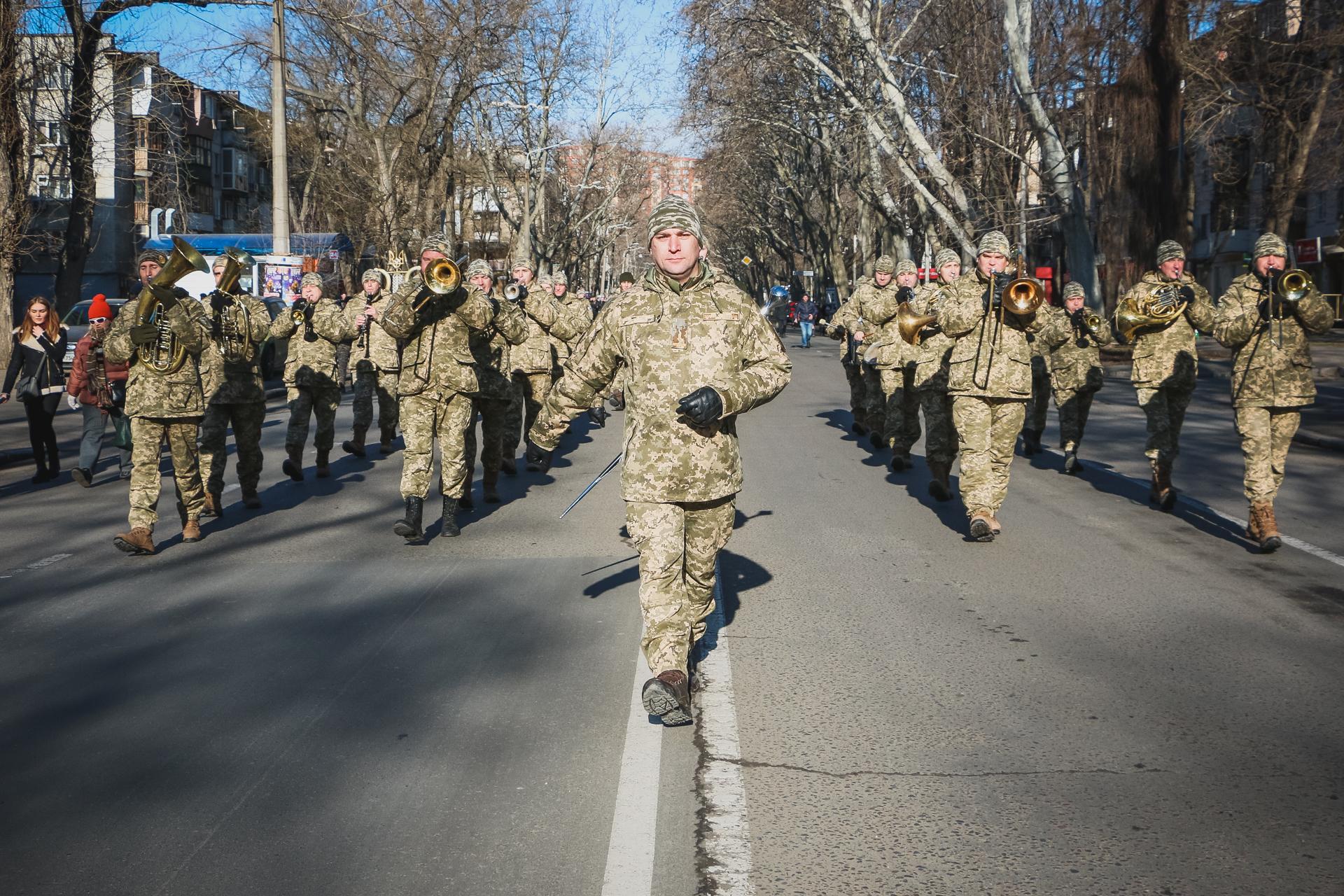 В Одессе прошло торжественное шествие военнослужащих и ветеранов АТО (фоторепортаж)