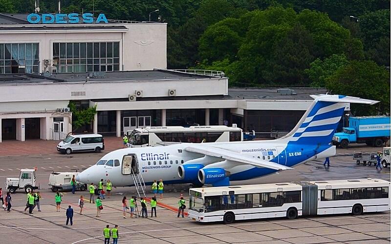 Возобновляются регулярные авиарейсы между Одессой и Ригой