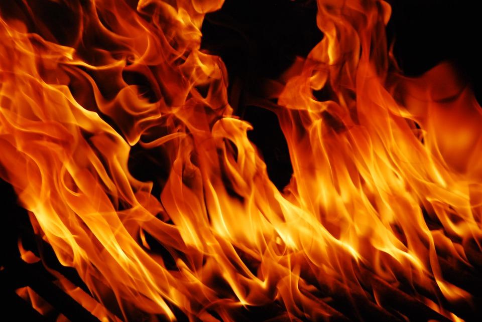 В центре Одессы сгорел автомобиль