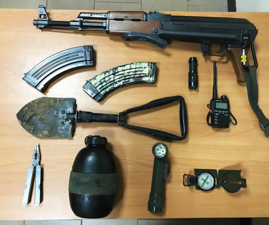 «Увлеклись игрой»: в одесском порту задержали четырех вооруженных парней