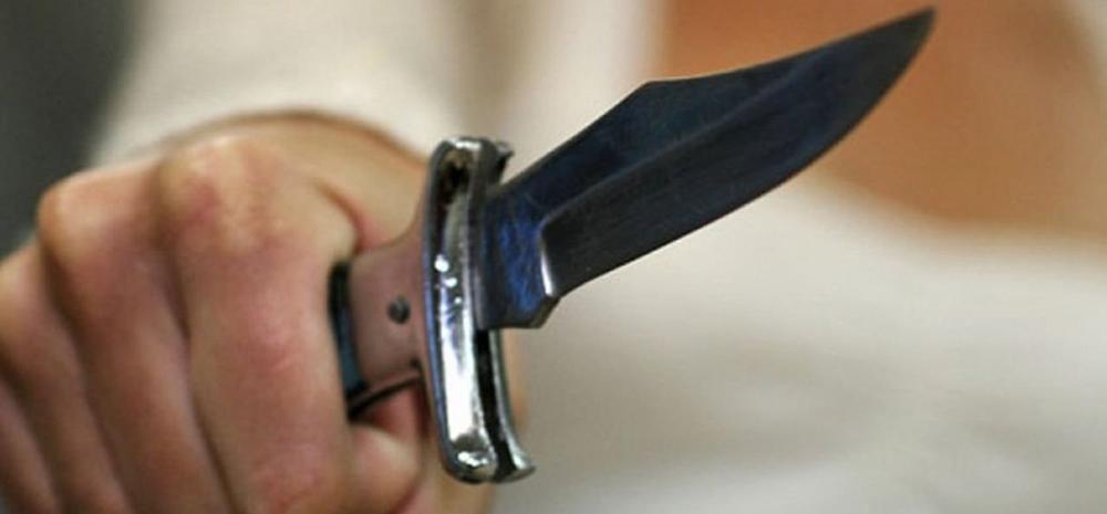На Дерибасовской посетителя ресторана ограбили, угрожая ножом