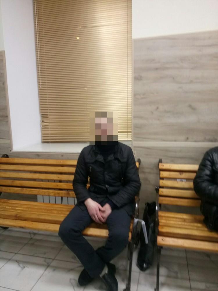 В магазине на Дерибасовской задержали любителя Hennessy