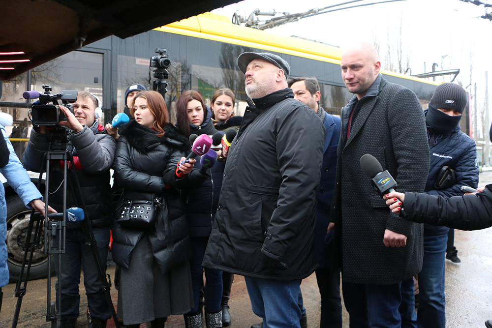 Одесса: новые «кланяющиеся» пассажирам троллейбусы вышли на маршрут (фото)