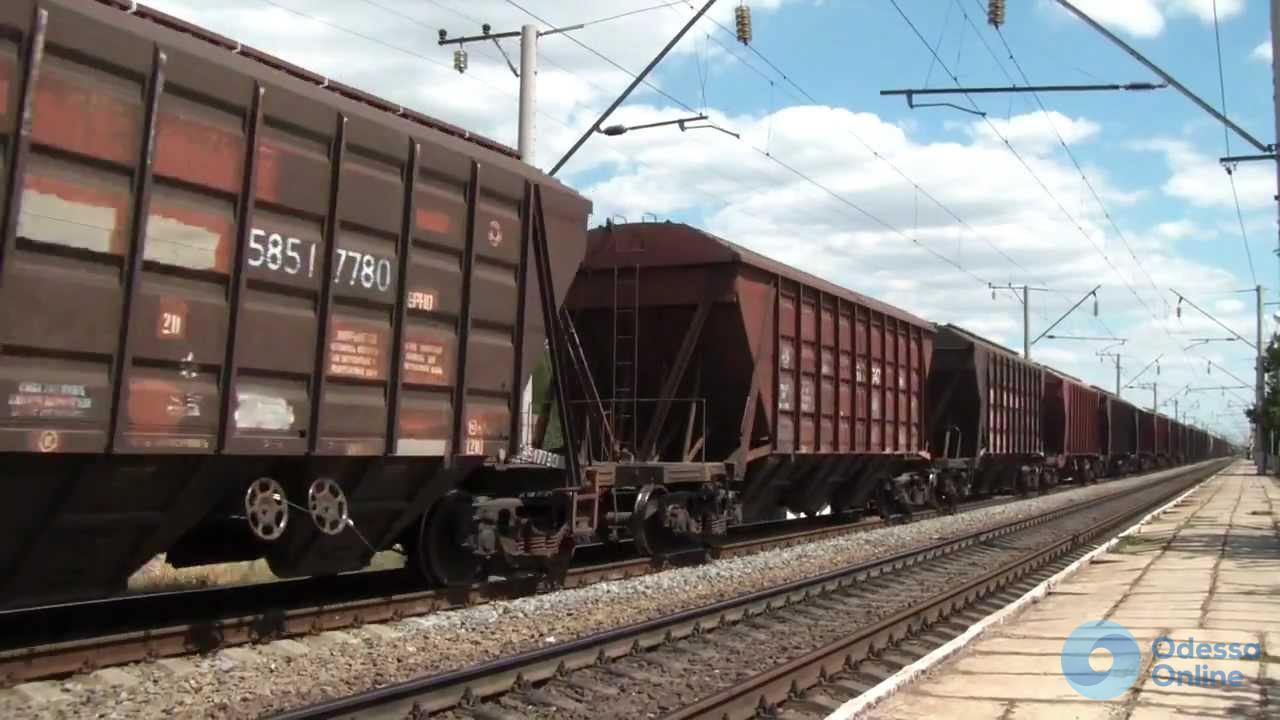 На одесской железной дороге отремонтировали больше 9 тысяч грузовых вагонов