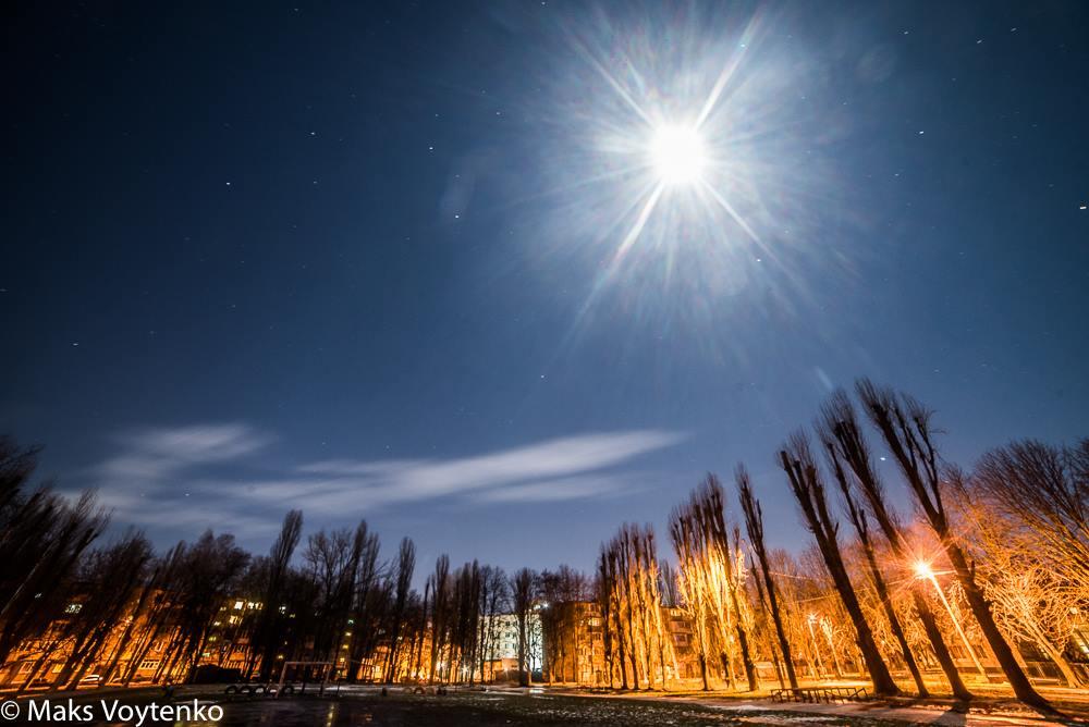 Одесситы делятся фотографиями суперлуния (фото)