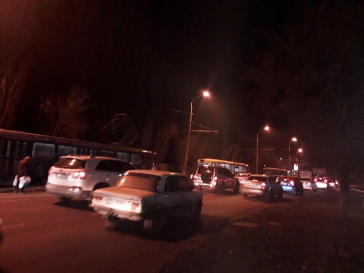 Последствия ДТП: в сторону поселка Котовского образовалась гигантская пробка