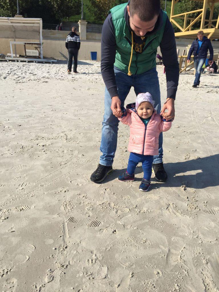 Жена погибшего полицейского: «Говорю дочери, что папа рядом»
