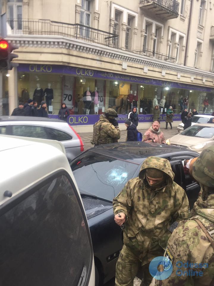 Стали известны подробности задержания на Александровском проспекте