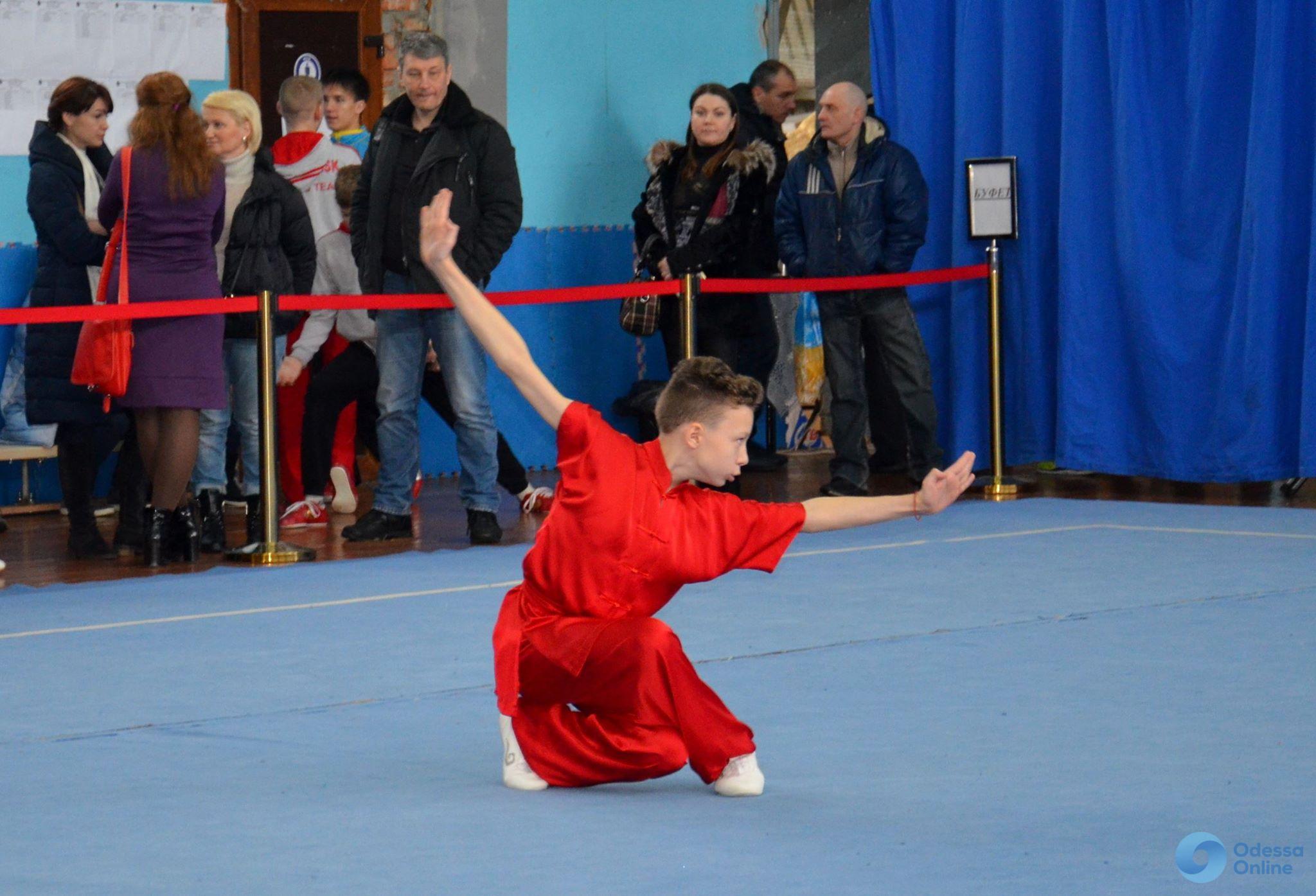 Сборная Одесской федерации ушу завоевала почти три десятка медалей юношеского чемпионата Украины