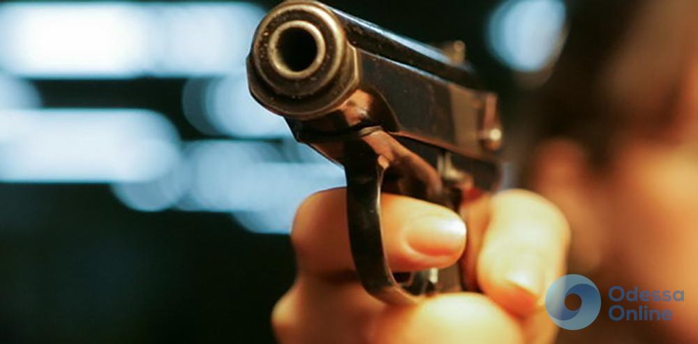 На Привозе пьяные охранники стреляли по «атошнику»