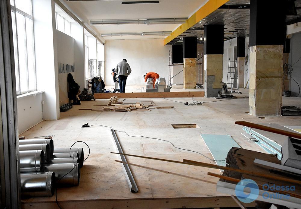 Одесса: на затянувшийся ремонт Дворца спорта выделили еще 10 миллионов