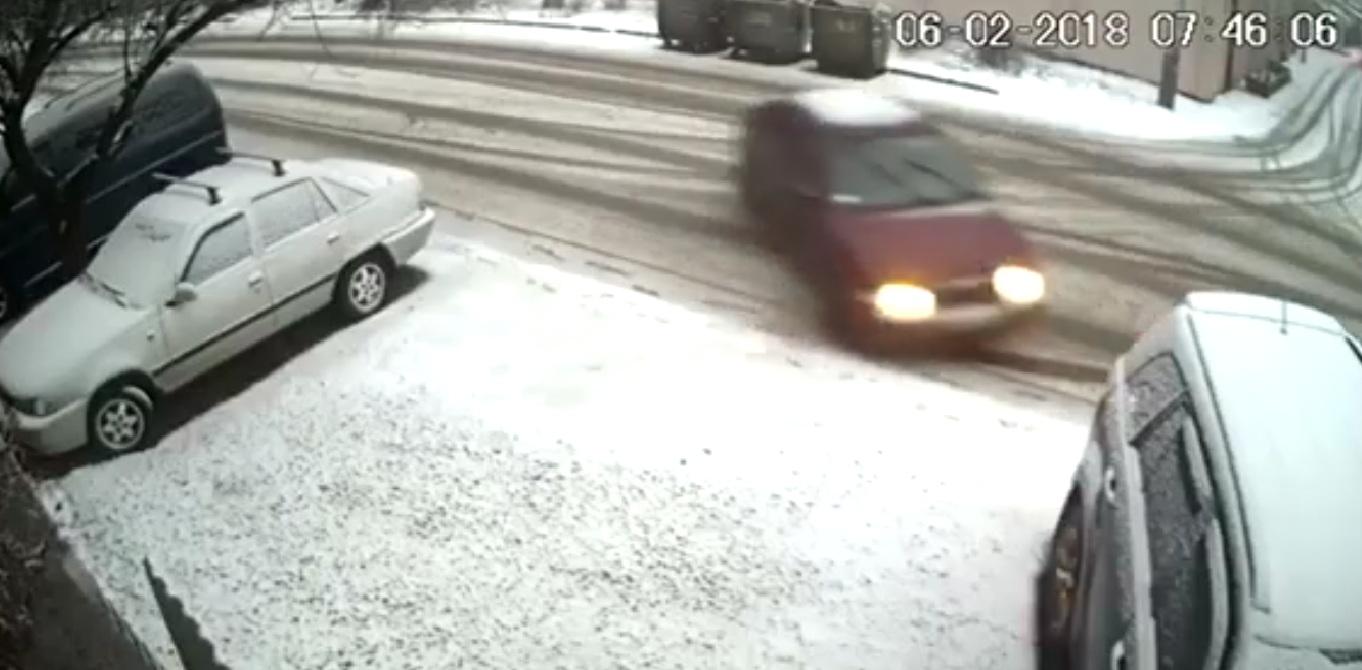 В Одессе разыскивают виновника ДТП (видео)