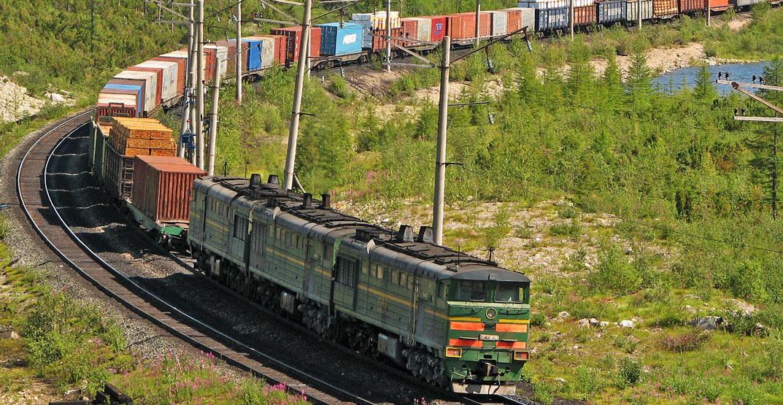Одесская область: с дорог обещают убрать грузовики за счет контейнерного поезда
