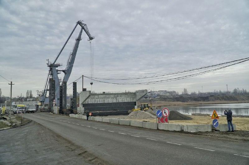 На мост через Сухой лиман обещают дать 30 миллионов при условии достройки в этом году