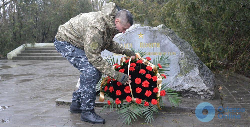 День воинов-интернационалистов в Одессе: не забудем ребят, которые не вернулись из боя (фото)