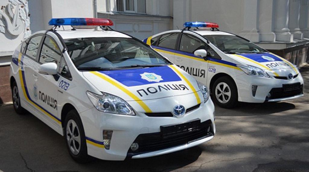 Напавшему на полицейского одесситу запретили выходить из дома