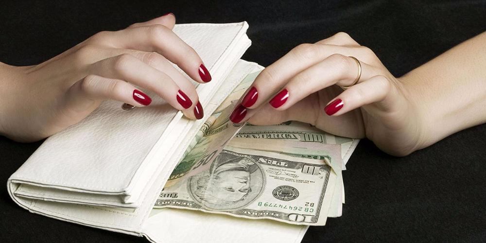 Одесса: мошенница выманила у одесситов три миллиона гривен