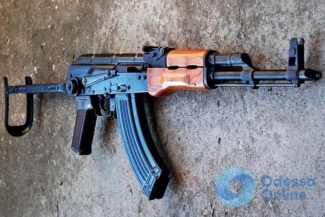 В Одессе у преступной группировки обнаружили арсенал оружия