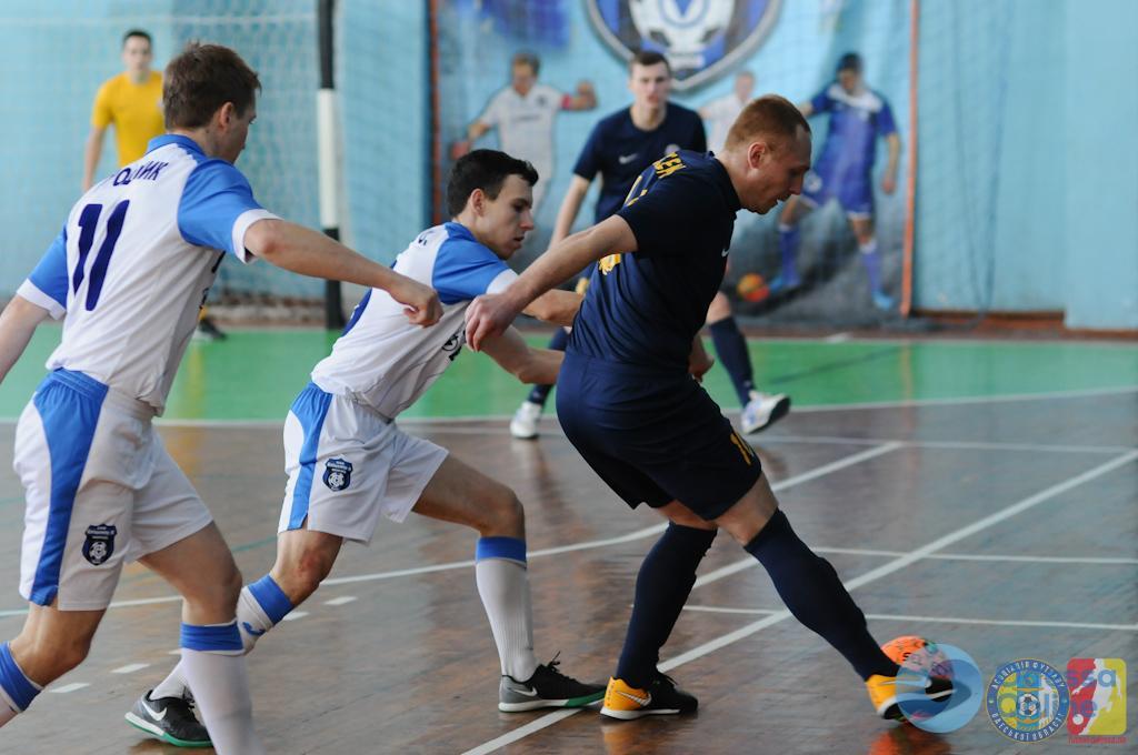 Одесские футзалисты героически отыгрываются в матче с одним из лидеров Экстра-лиги, но в плей-офф не попадают