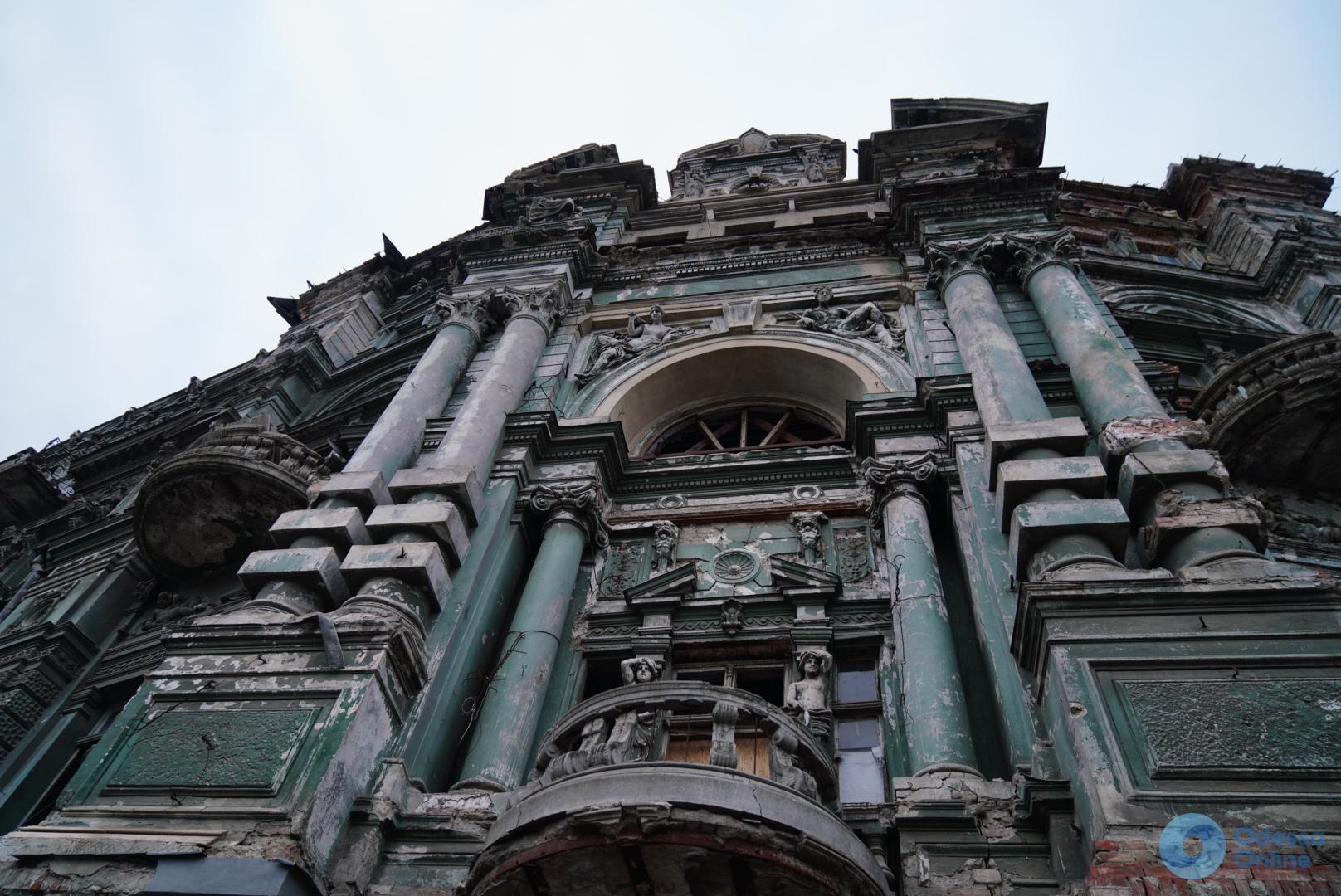 Воронцовский дворец и дом Руссова: на ремонт исторических зданий выделят больше денег