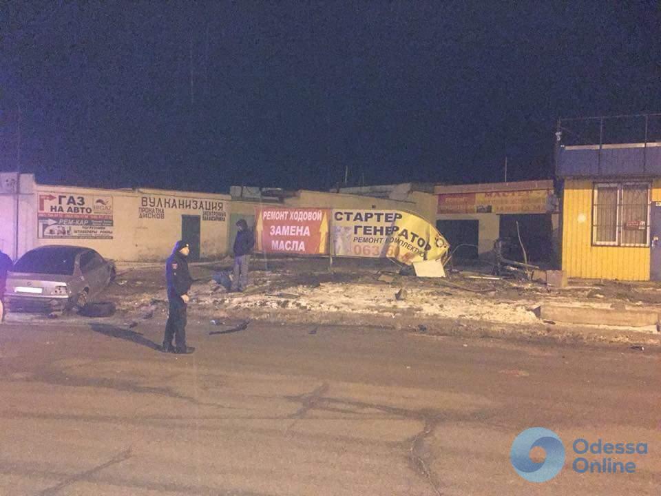 ДТП на поселке Котовского: пьяный водитель убегал от полицейских