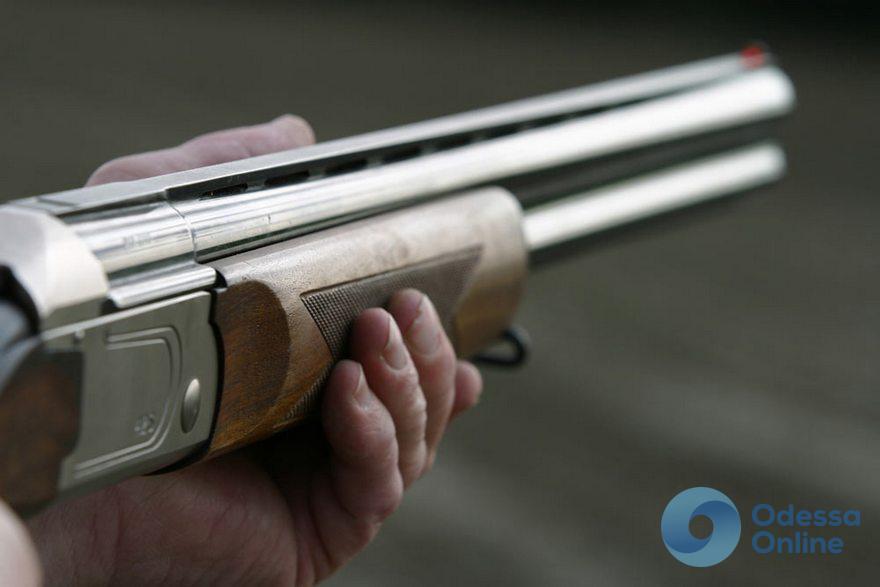 В Одессе пьяный мужчина стрелял из ружья через окно (обновляется)
