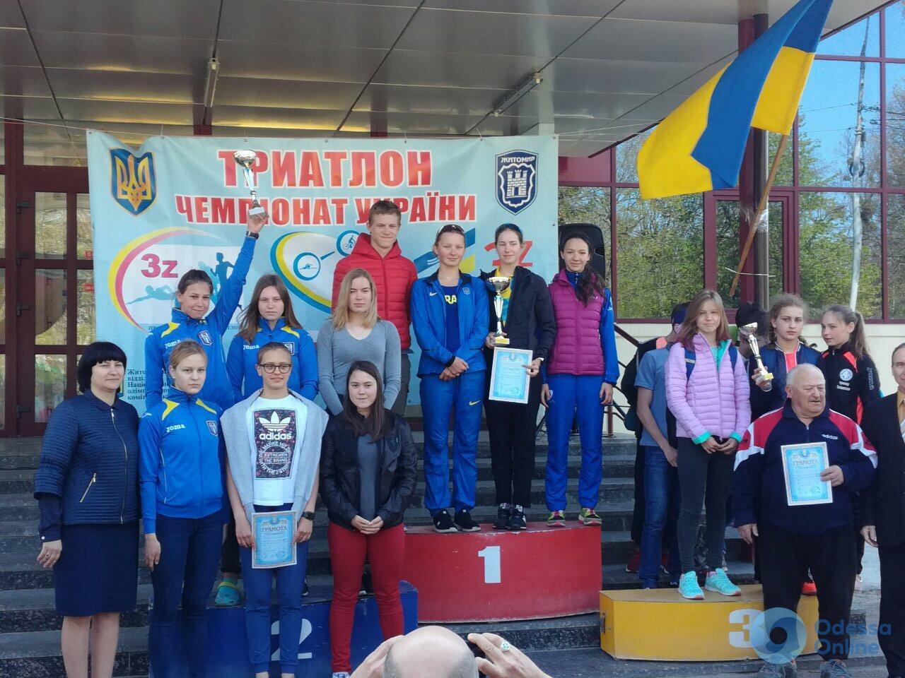 Одесские спортсмены завоевали медали двух чемпионатов Украины по триатлону