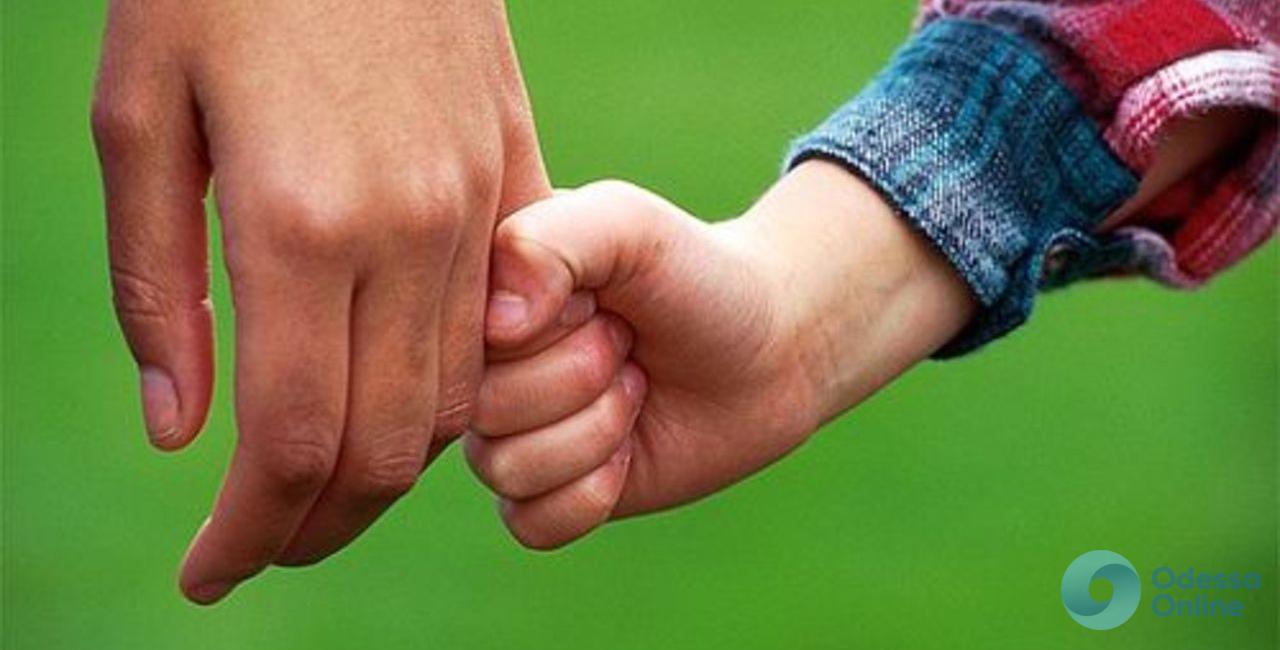 Одесская область: у безответственной матери отобрали сына