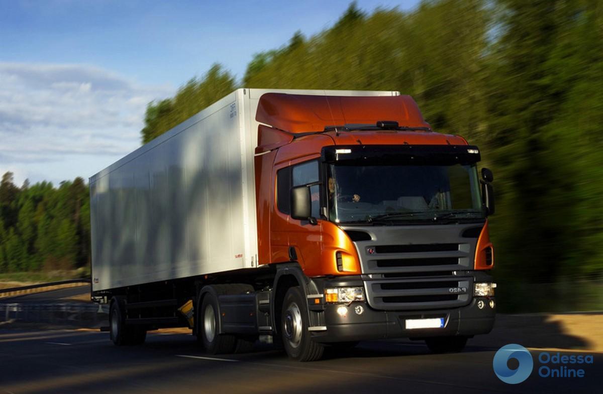 В Одесской области из-за жаркой погоды ограничат движение фур и грузовиков