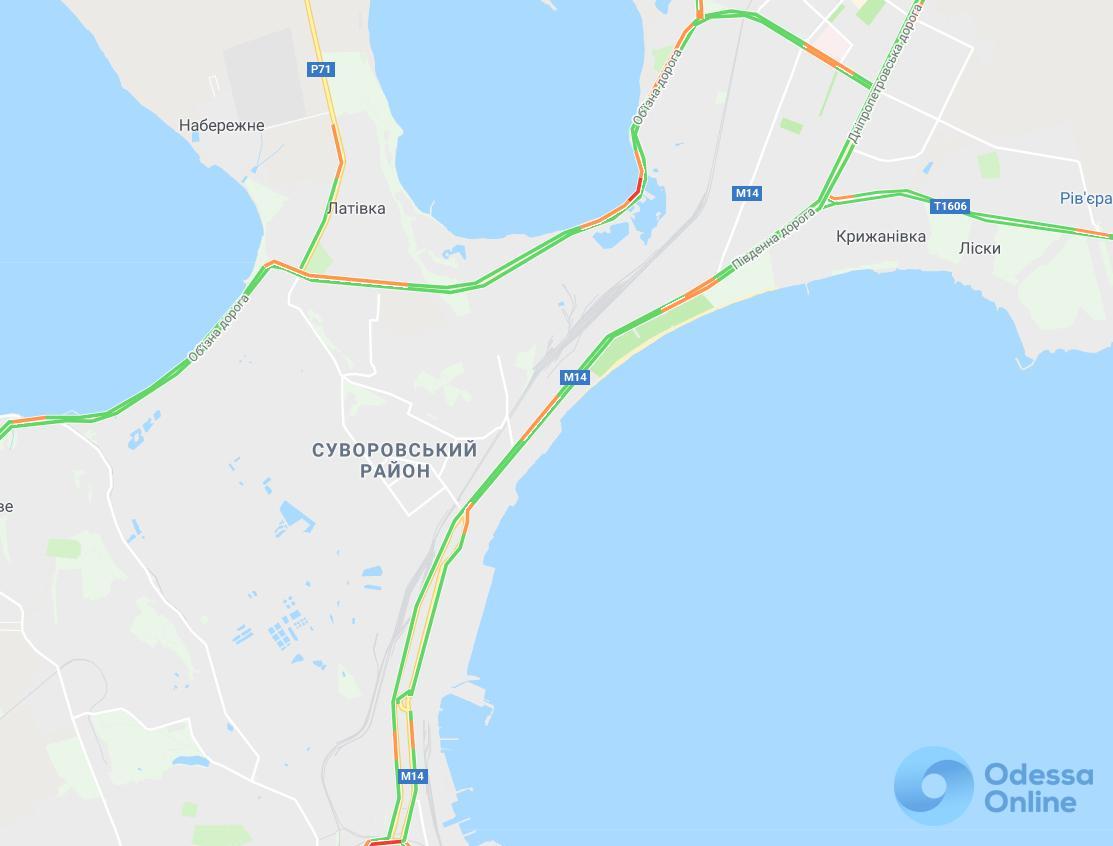 Дорожная обстановка: свободный путь с поселка Котовского и пробки в центре