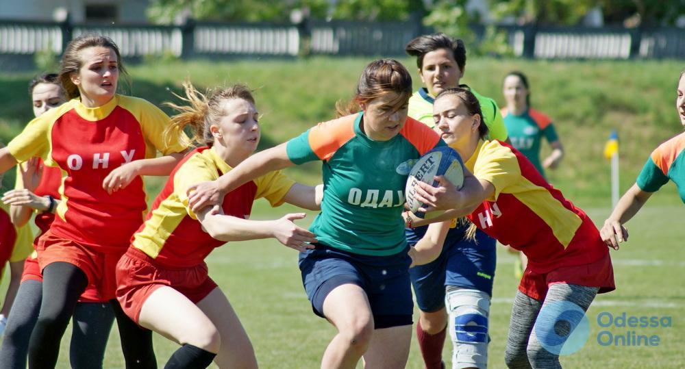 Одесские студенты и студентки определили сильнейших в чемпионате города по регби-7