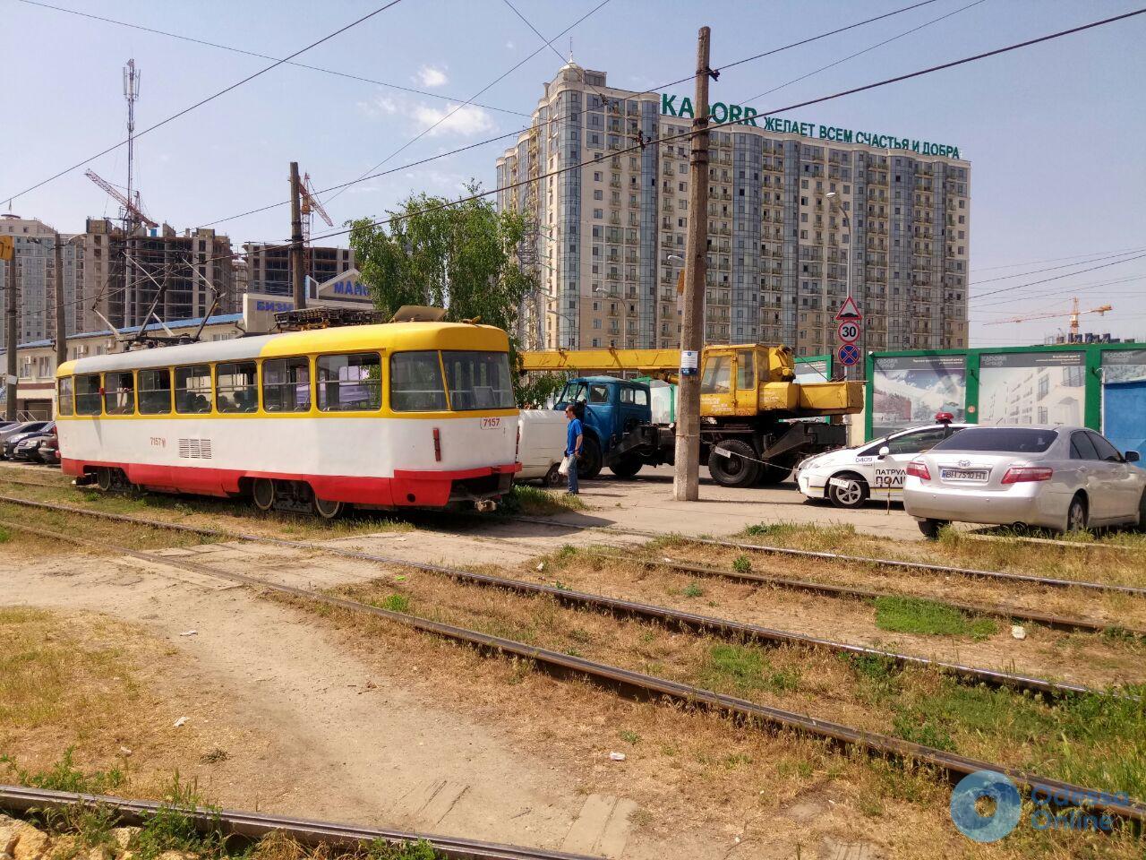 В Одессе мальчик-велосипедист попал под трамвай