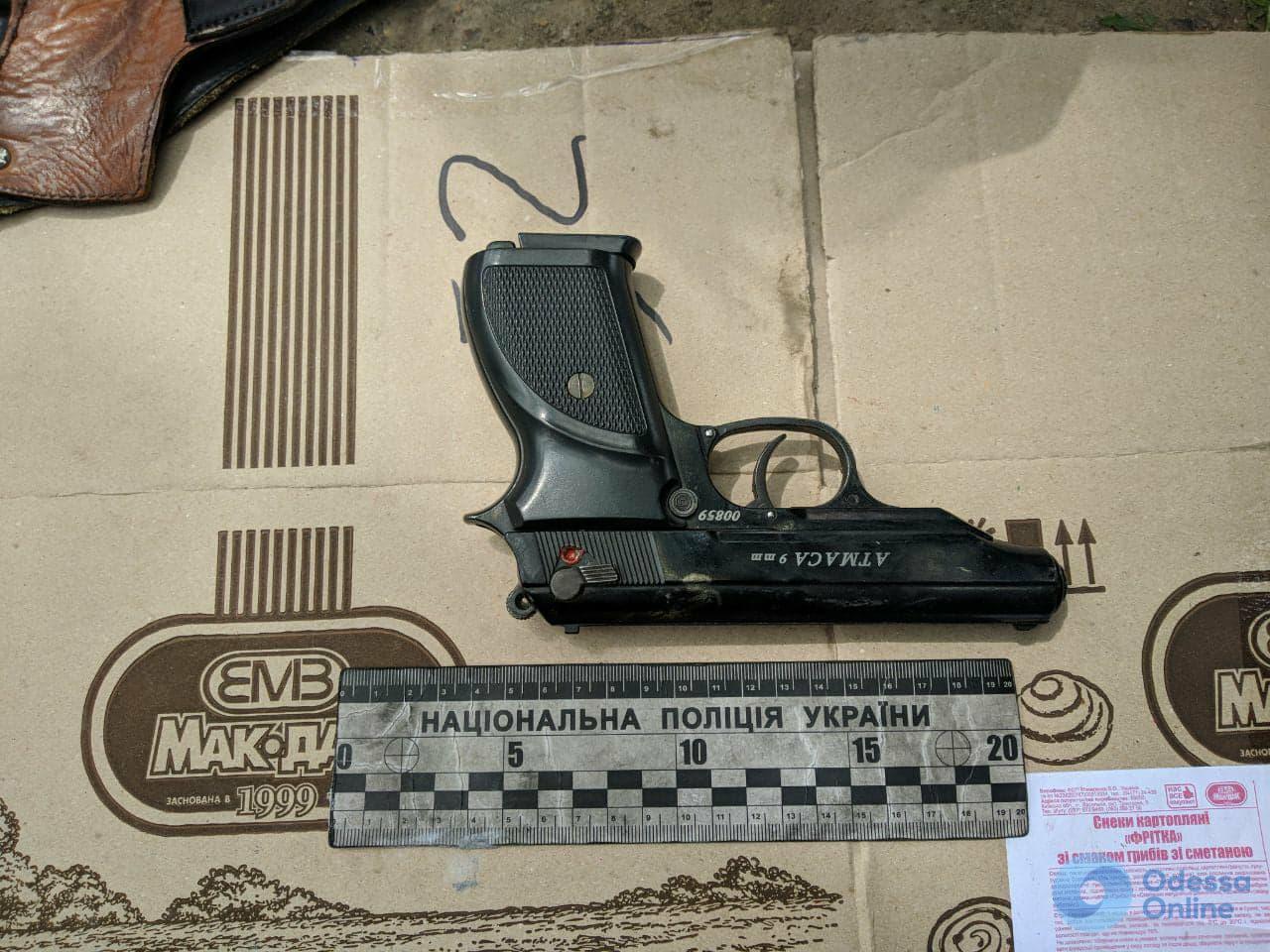 У жителя Одесской области обнаружили склад оружия