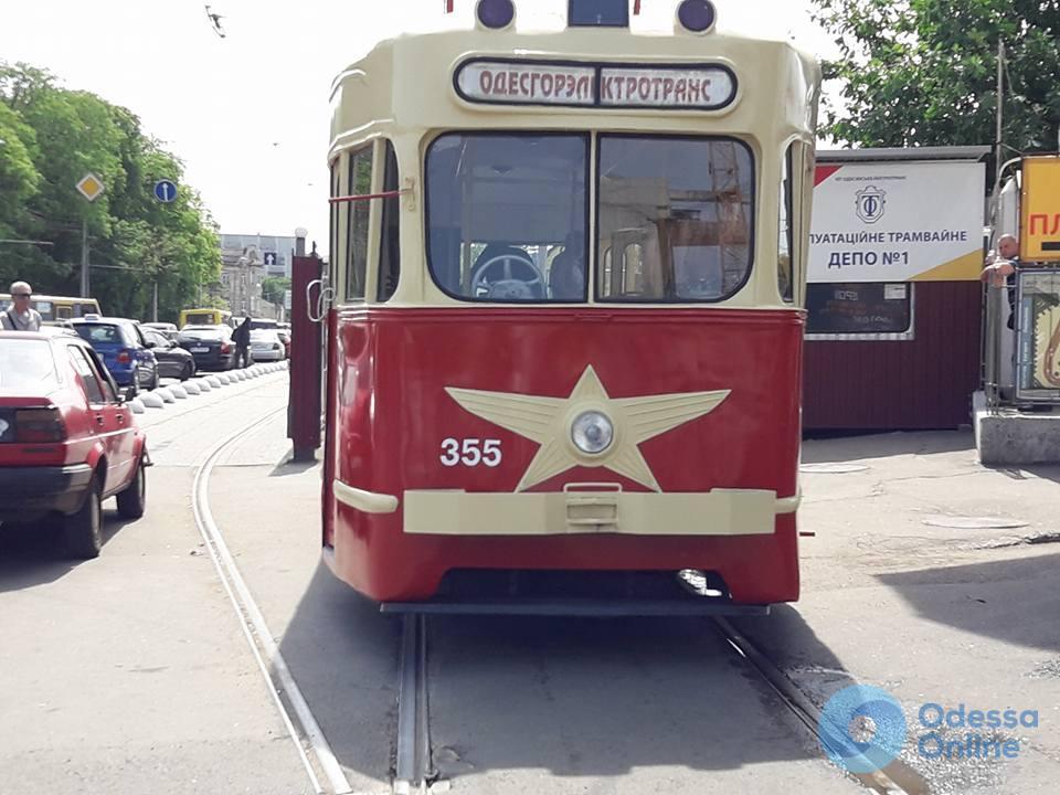 В Одессе реконструировали трамвай 1956 года выпуска