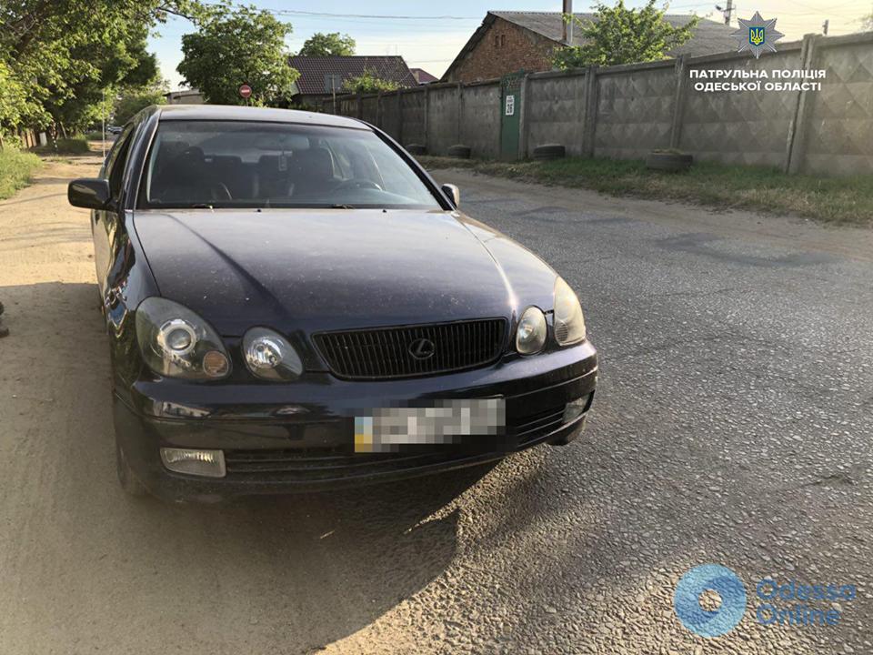 В Одессе автомобиль сбил ребенка на велосипеде