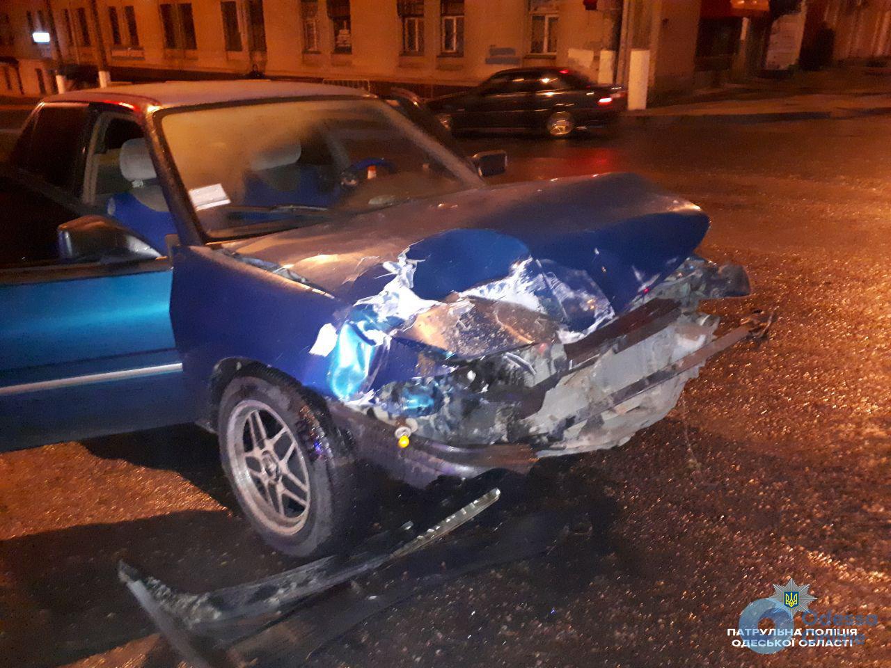 Одесса: лихач взял на таран карету скорой помощи