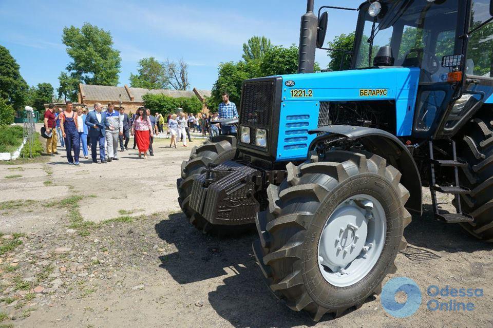 Шесть ПТУ в Одесской области получат новую сельхозтехнику для практики