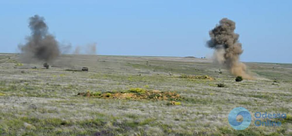 Бойцы 28 ОМБр тренировались наступать и «искупали» технику