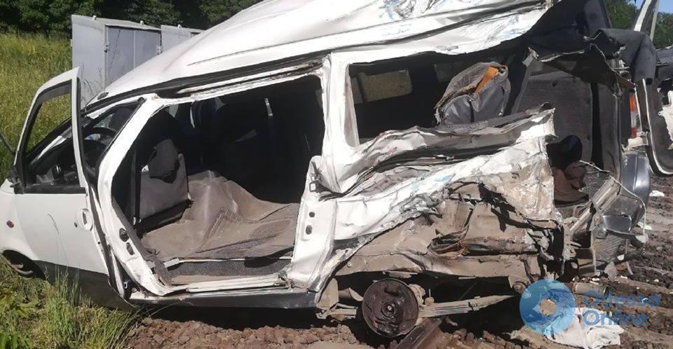 Смертельное ДТП на железной дороге: стали известны личности погибшей и пострадавших