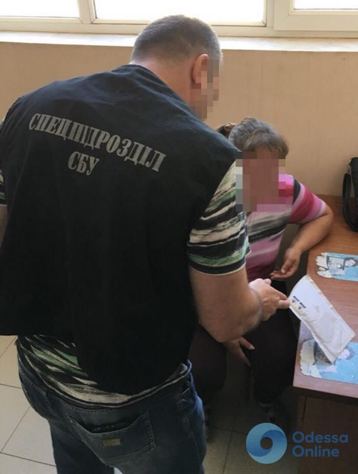 Одесса: СБУ блокировала канал контрабанды наркотиков